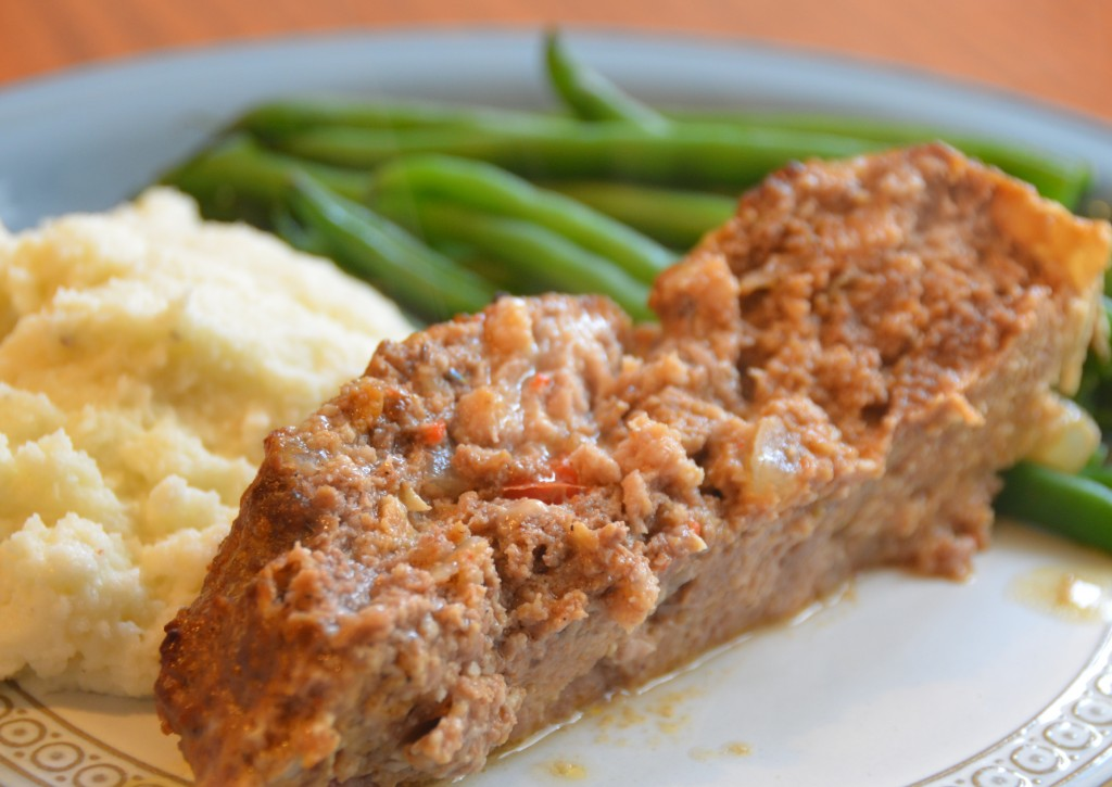 Cajun Meatloaf - healthy, less fat, natural ingredients. GuessWhosCooking.com
