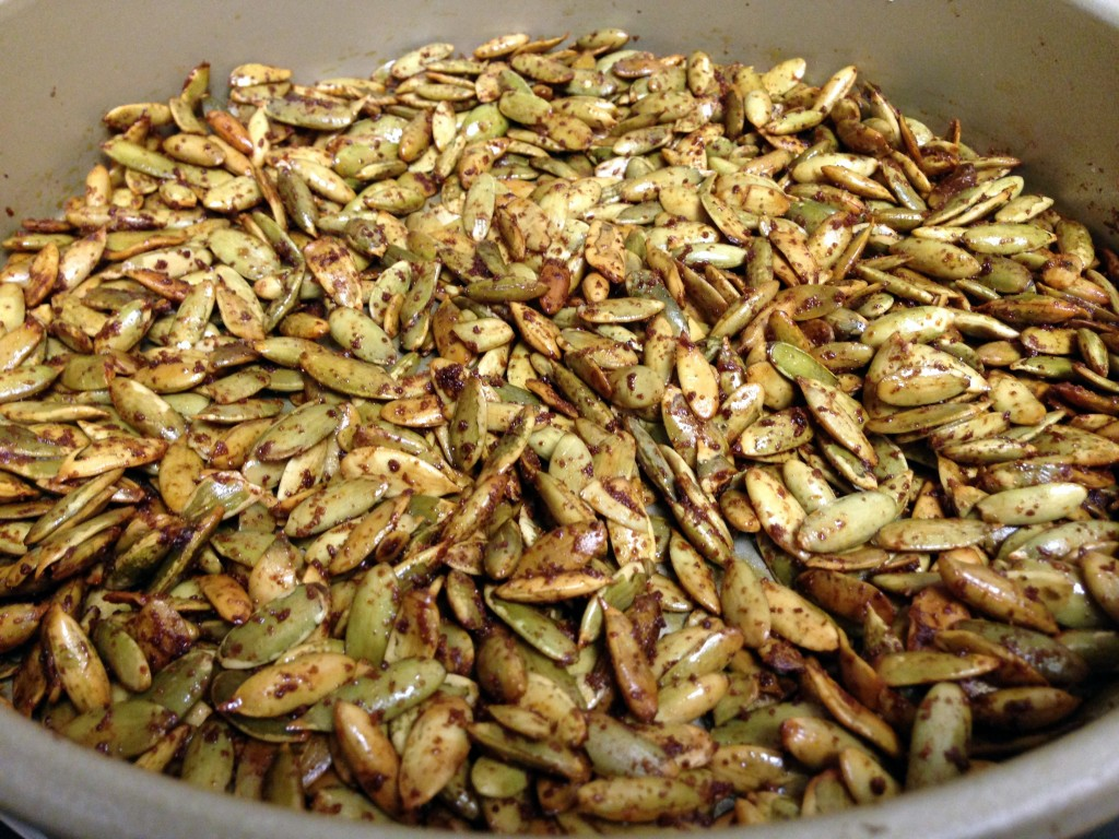 Chex Pumpkin Seeds - Guesswhoscooking.com - low carb, gluten free, dairy free. Follow on Twitter @guesswhoscookin