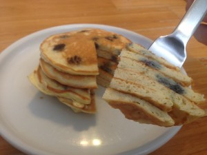 Blueberry Coconut Flour Pancakes - Low carb, gluten free, dairy free, clean and natural. Follow Guess Who's Cooking on Twitter @guesswhoscookin. www.guesswhoscooking.com