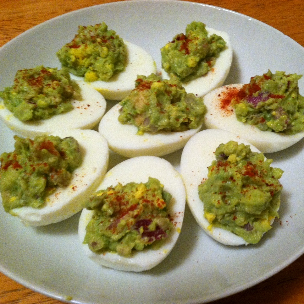 Guacamole Deviled Eggs - dairy free, low carb, gluten free, vegetarian, healthy! Recipe from Guess Who's Cooking